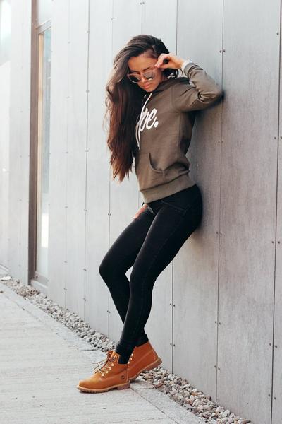 wrupr-shaping-jeans-skinny-mid-black-freddy-2_grande