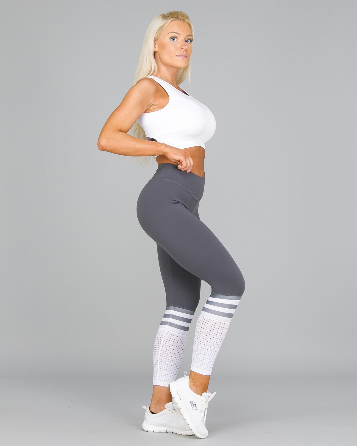 ABS2B-Fitness-Regular-Rise-Mom-Soccer-Mesh-Leggings-Grey4-1200×1500
