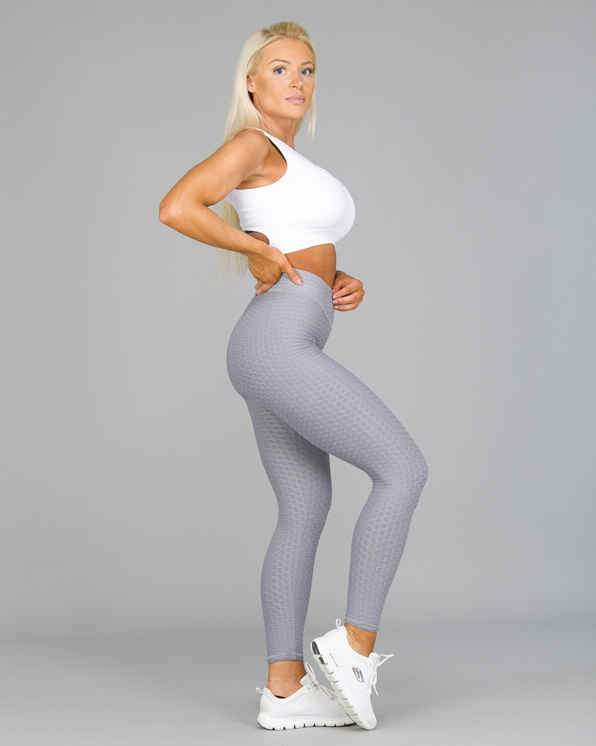 ABS2B-Fitness-Zero-Flaw-High-Rise-Leggings-Silver21-1200×1500