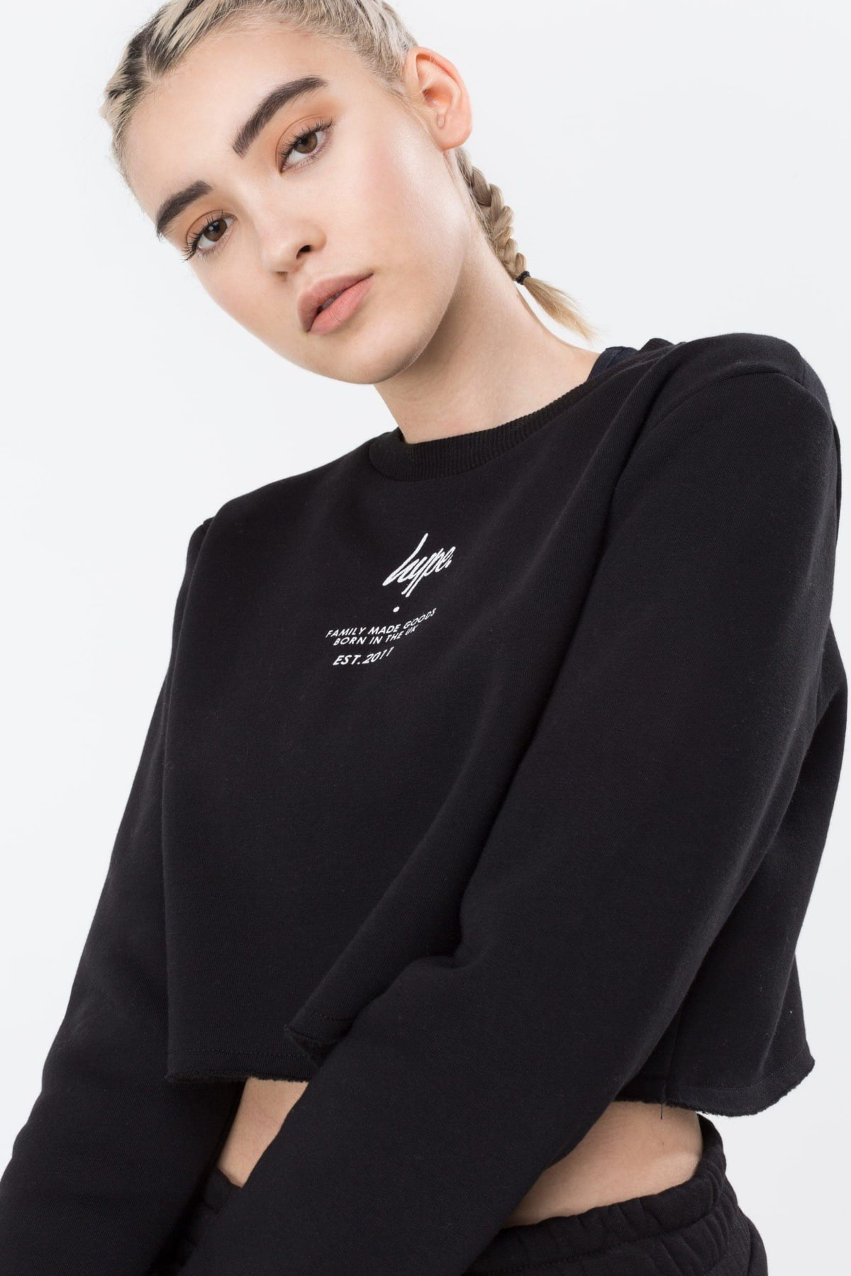 HYPE Black/White Fmg Women's Raw Crop Crew