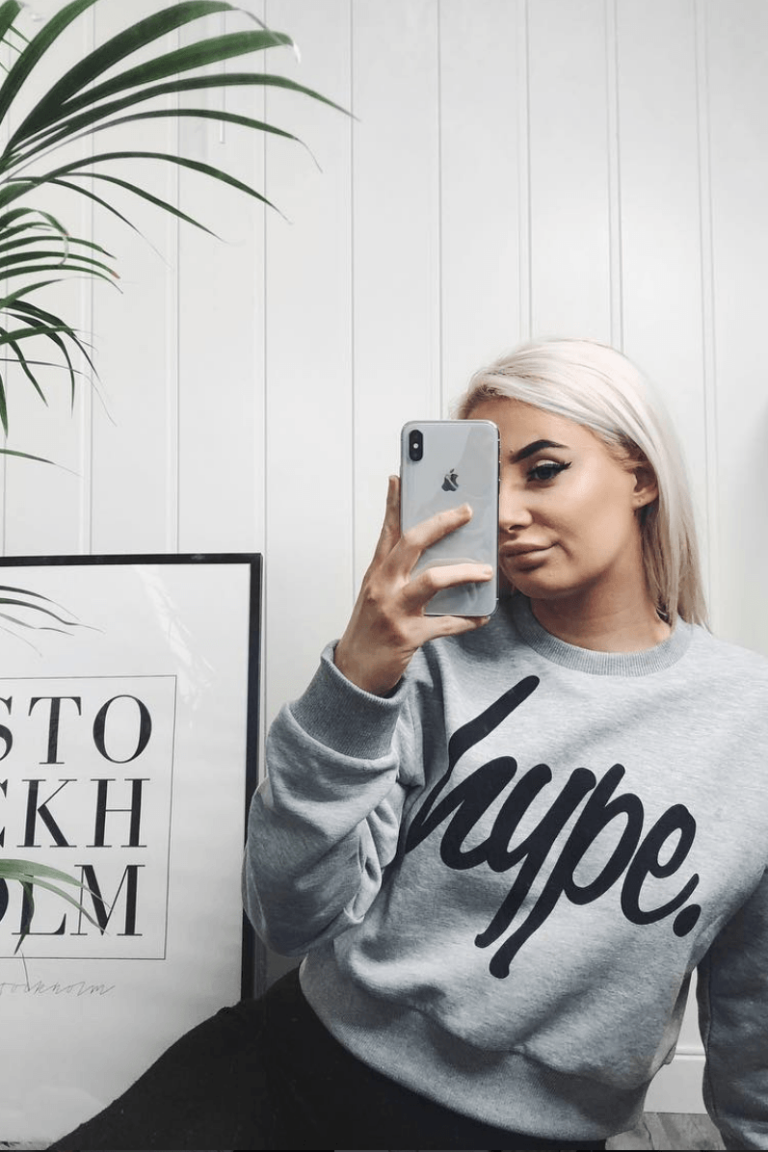 HYPE Grey/Black Hype Script Women's Crop Crew