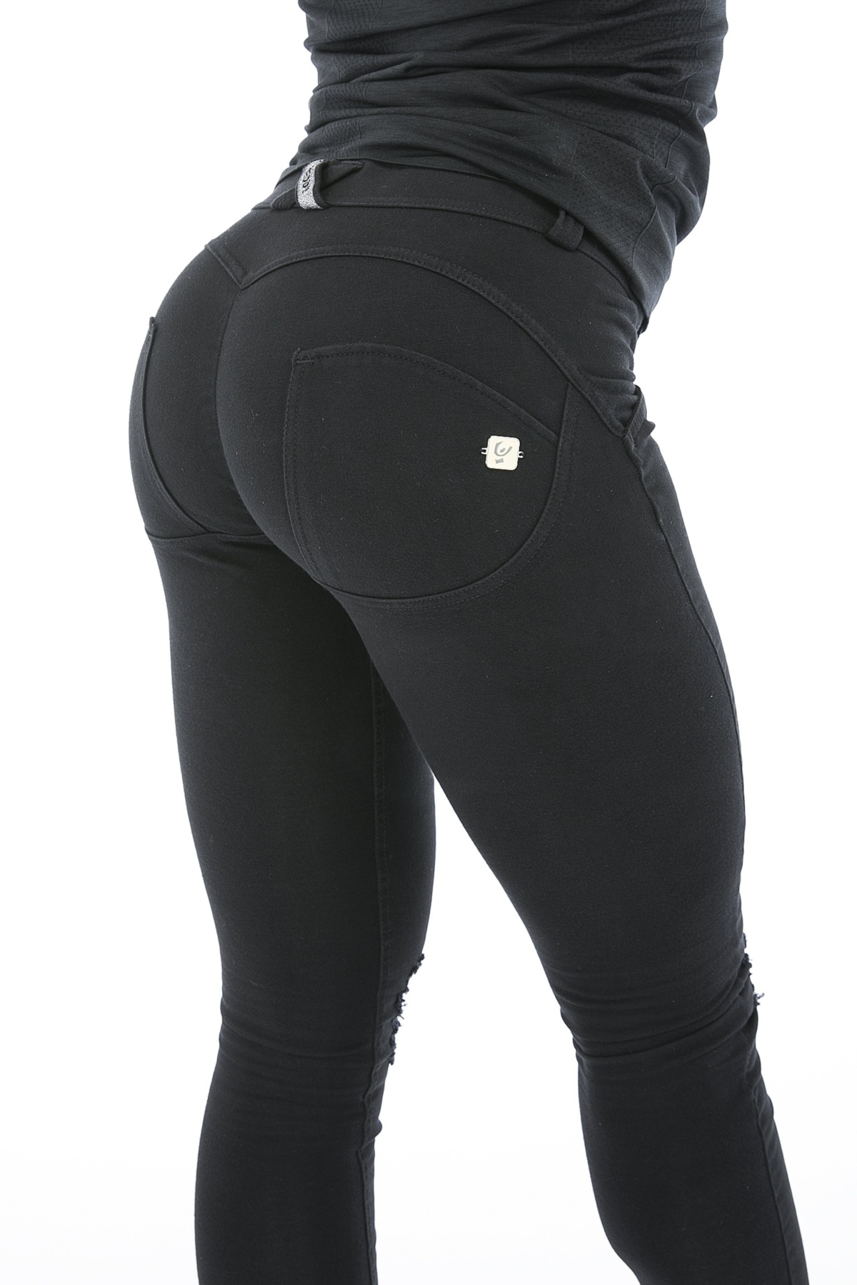 aa124358 Freddy - WR.UP® Shaping Jeans Ankle Zip Low Black - Weightless.no