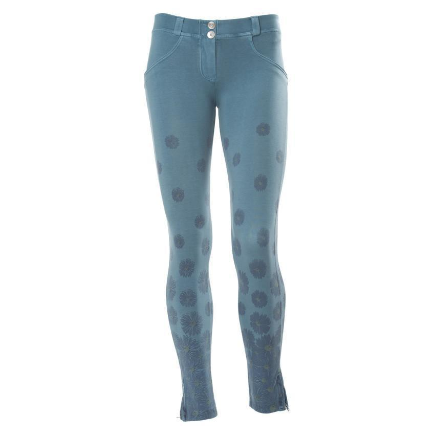 WR.UP® Shaping Pants Ankle Zip Low Blue Flowers